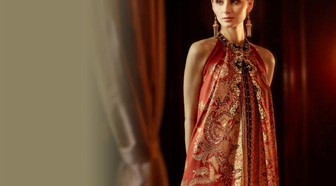 Bergaya Modern dengan Atasan Batik Super Trendy