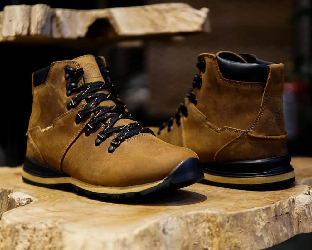 Sepatu Eiger Terbaru Be Sporty And Stylish Ragam Fashion