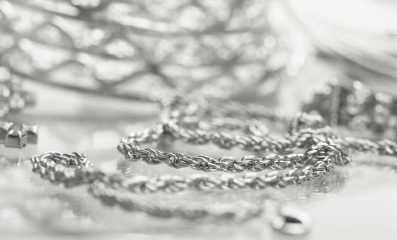 8 Hal ini Wajib diketahui Bagi Anda Pengagum Perhiasan Perak